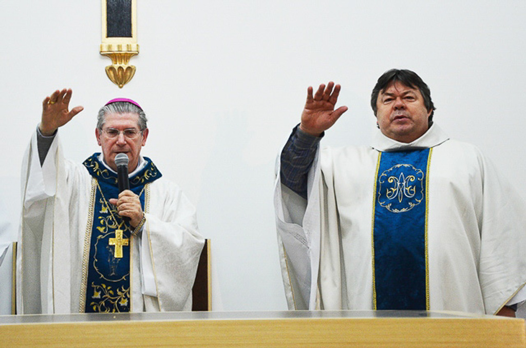 http://acervo.camilianos.org.br/tmp_files/E534.D3508.jpg