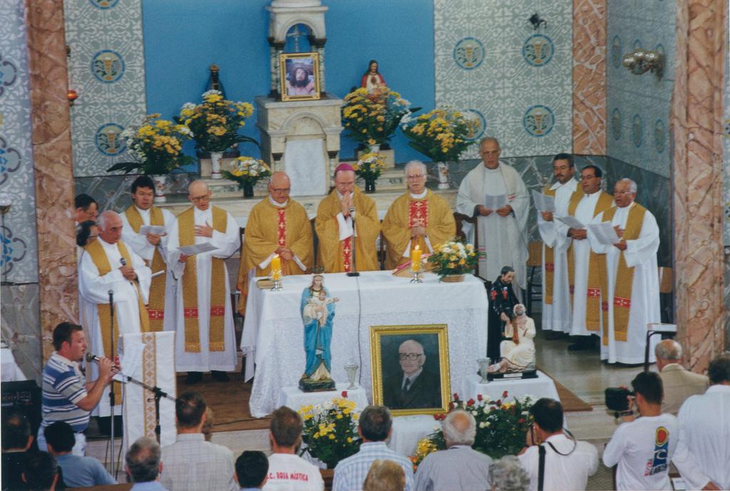 http://acervo.camilianos.org.br/tmp_files/E534.D3466.jpg