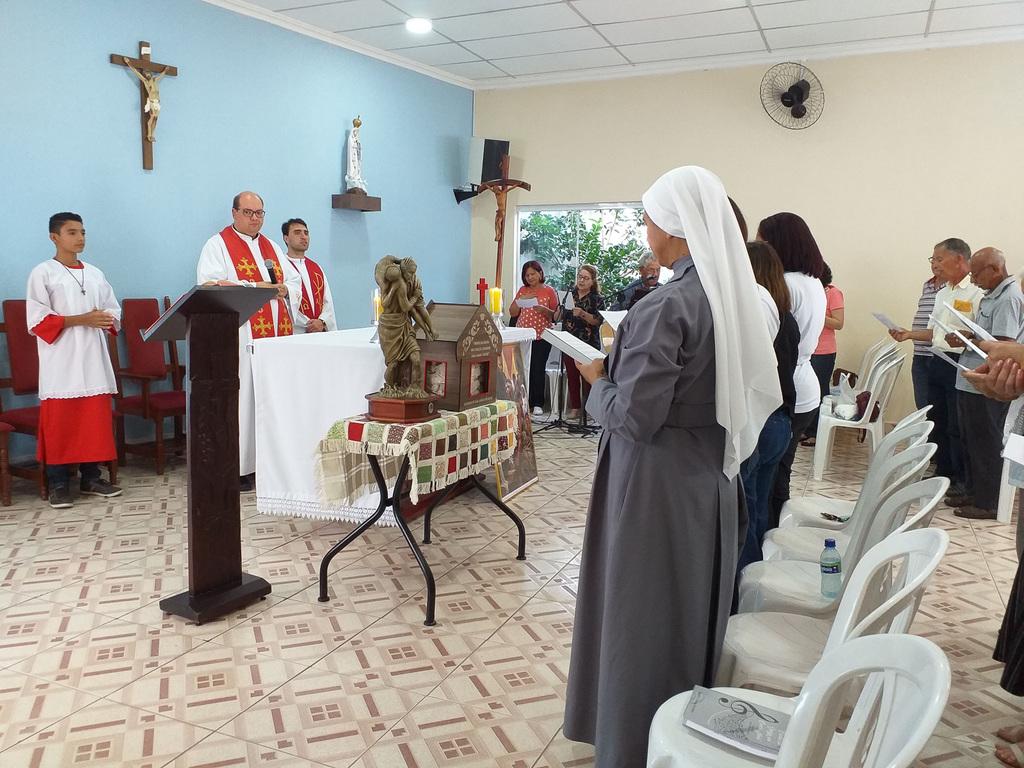 http://acervo.camilianos.org.br/tmp_files/E600.D4339.jpg