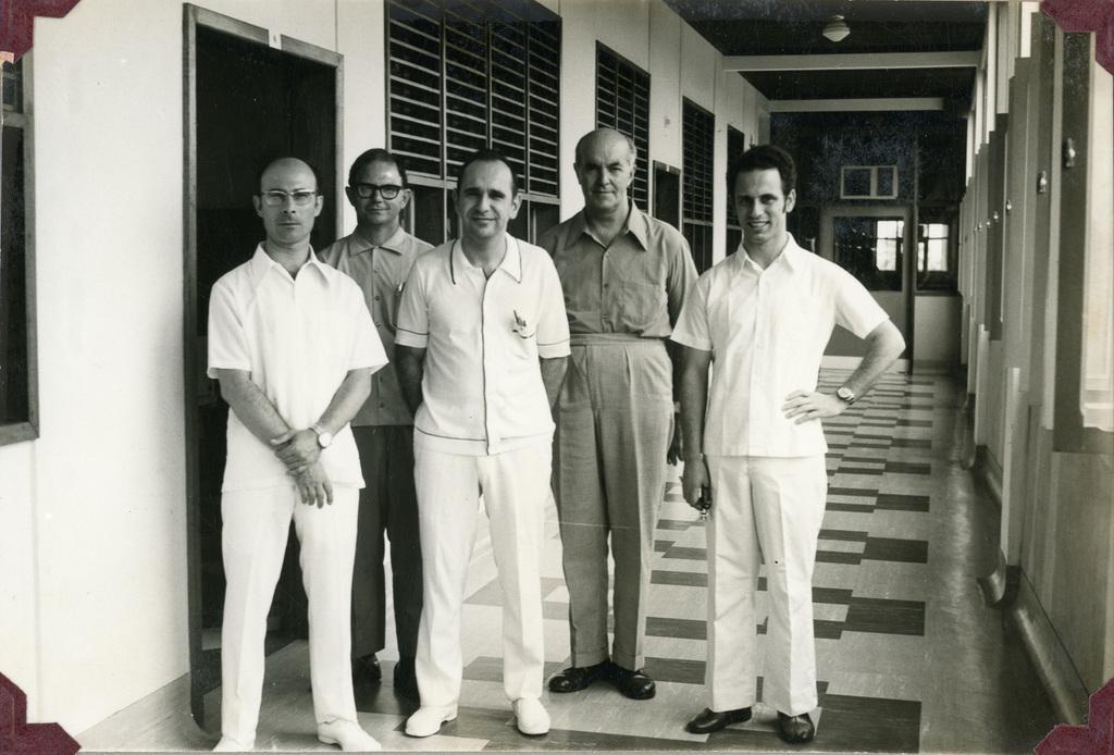 http://acervo.camilianos.org.br/files/original/A28.P019.F041.jpg
