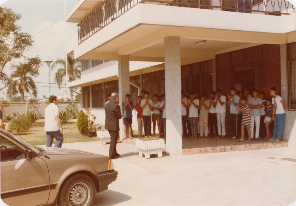 http://acervo.camilianos.org/files/original/A11.P008.F029.jpg